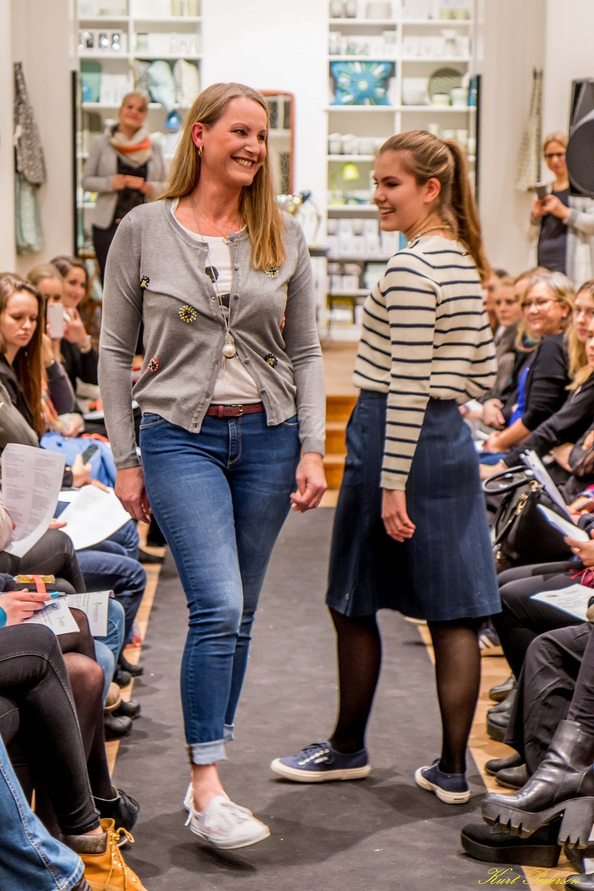 Hanna og Laura i Superlove til Københavns modeuge