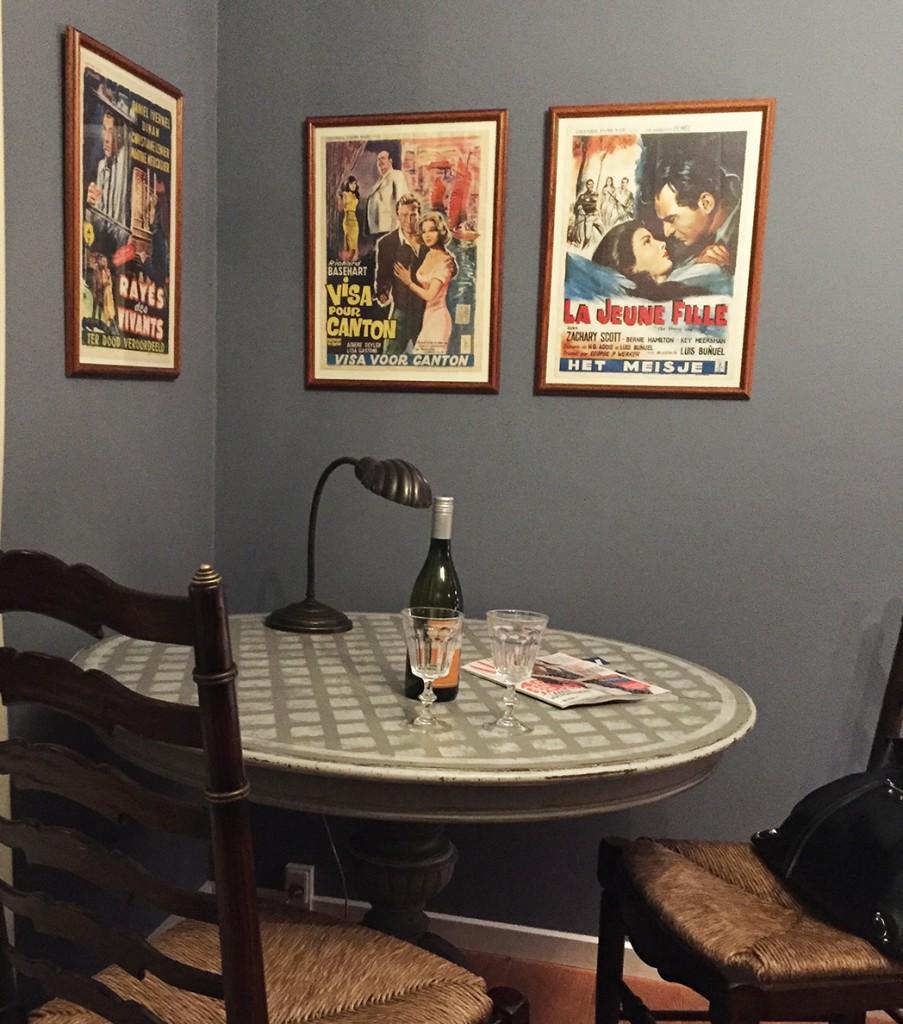 Fede plakater på Hotel Villa Provence. Superlove på tur til Århus.