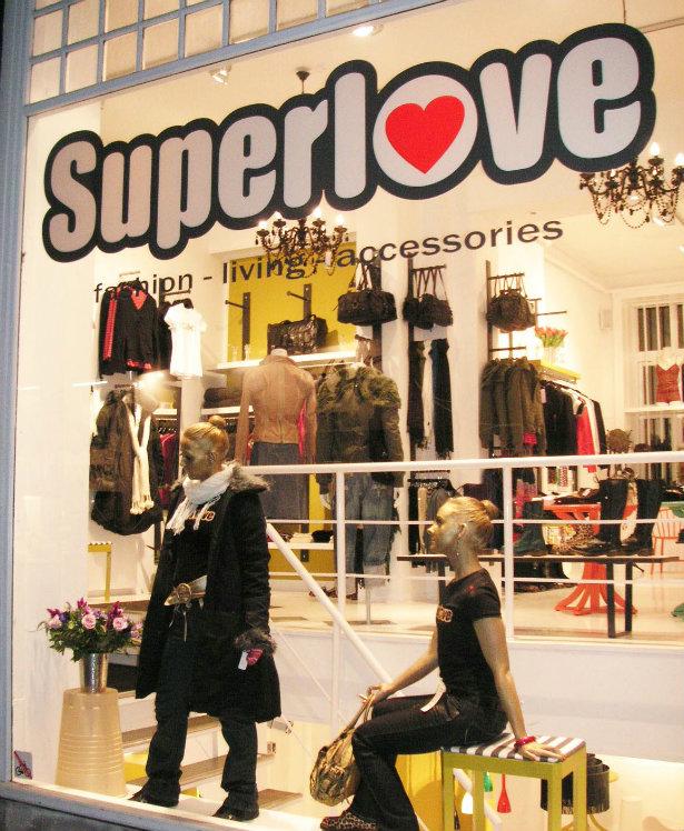 Åbningen af den første butik i Nørregade nr. 45. 10 års fødselsdag i Superlove.