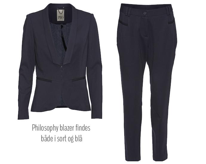 Philosophy blazer med smoking revers i en smuk dybblå farve (findes også i sort) og klassiske, enkle bukser - begge fra PBO.